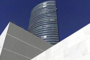 Dialoga Office in Bilbao and Bilbao Bizkaia Aretoa Building