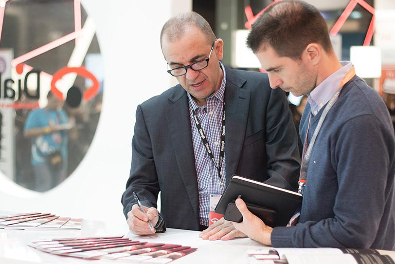 Mobile World Congress Barcellona-19 2016 - Eventi - Dialoga